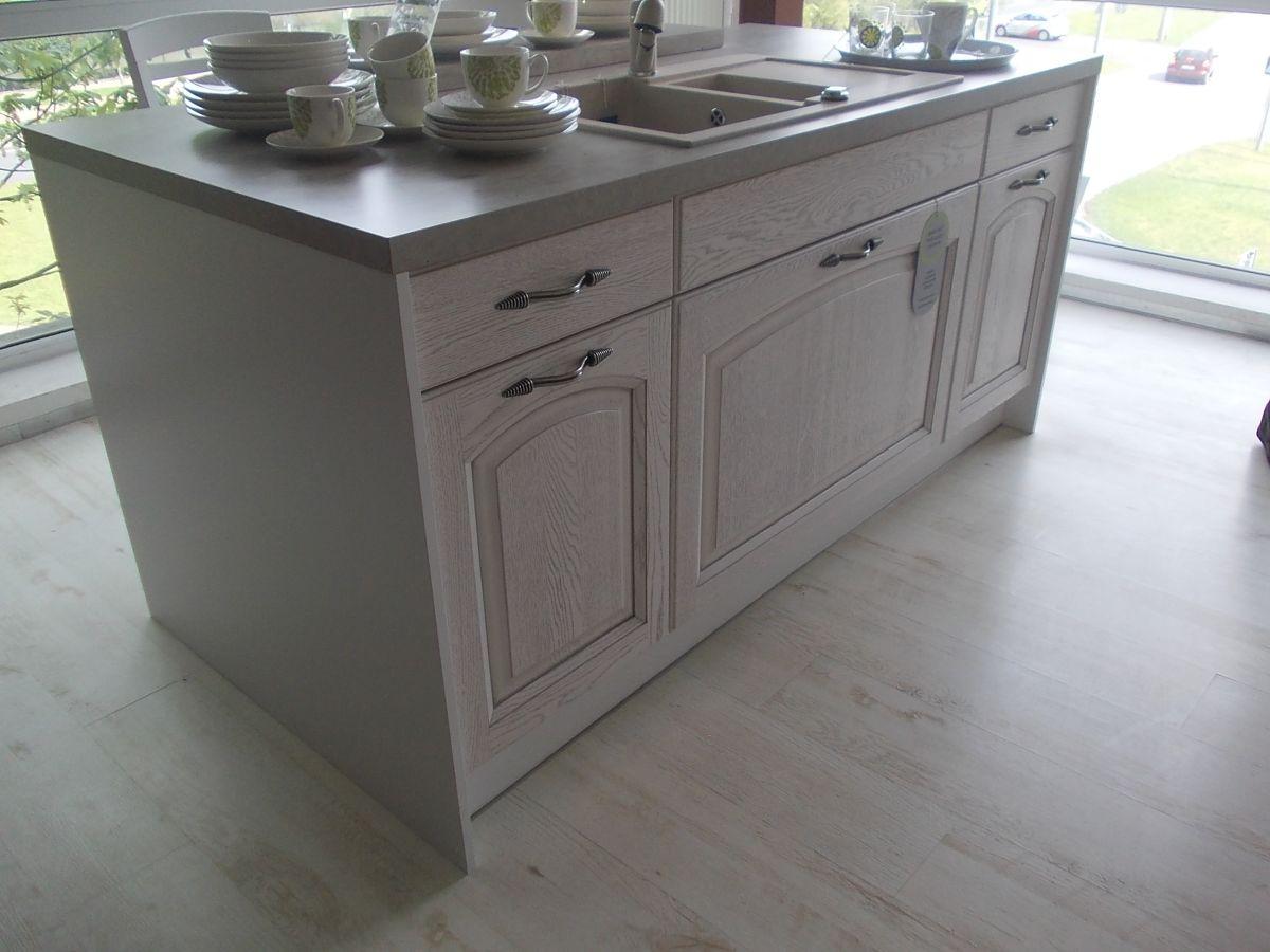 Klassische einbauk che k chenzeile 300 cm erweiterbar for Kuchenzeile 300 cm